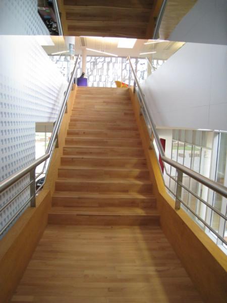 escaliers réalisés sur mesure, escalier, étage, deuxième partie